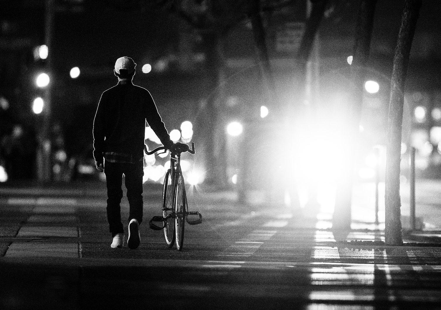 Hadde lys på sekk og ikke sykkel – fikk forelegg