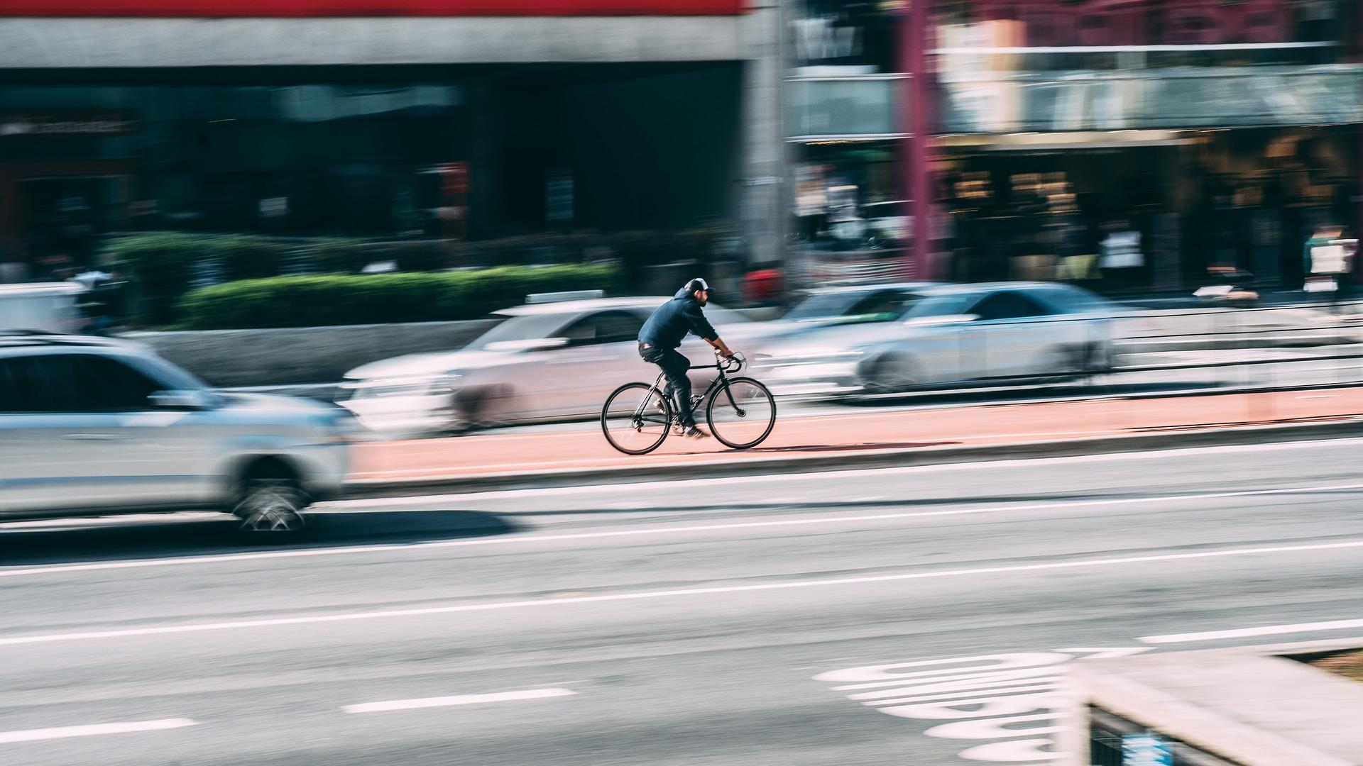 Oppfordrer til ydmykhet overfor bilister