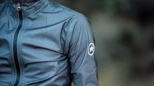 Test: ASSOS Equipe RS regnjakke