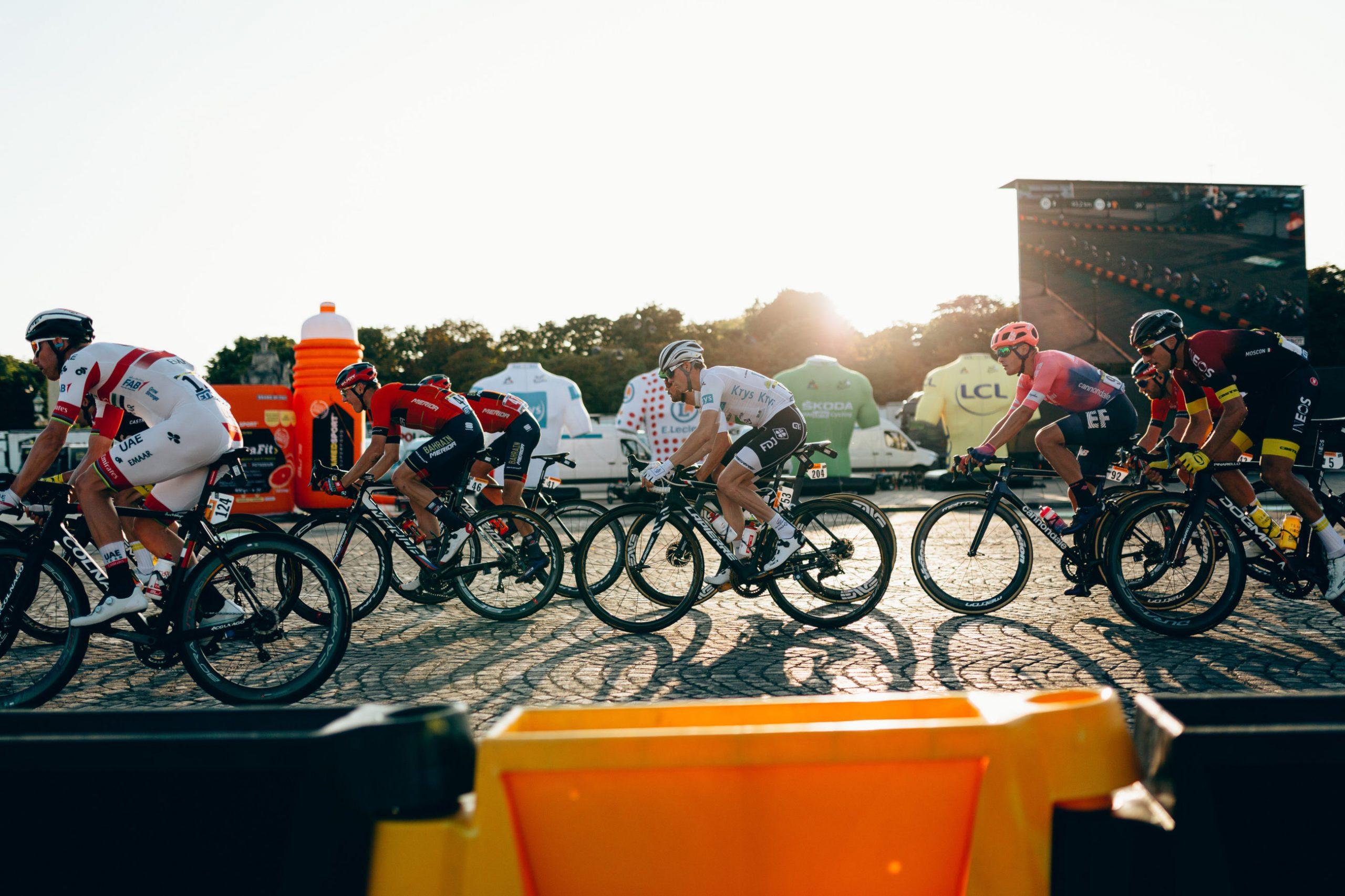 Tour de Frances startby strammer grepet etter rød koronaalarm