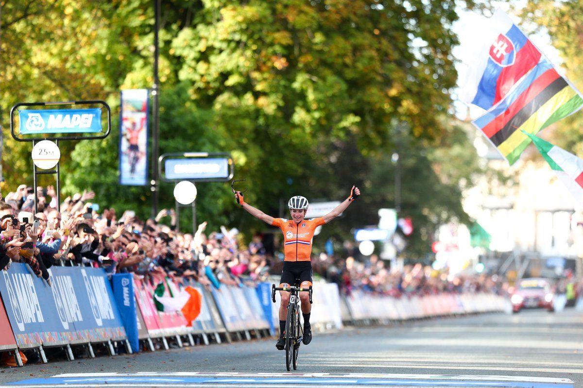 Van Vleuten, à la Merckx